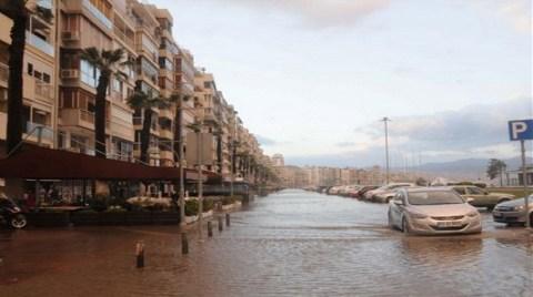 İzmir'deki Felaketin Nedeni Küresel Isınma!