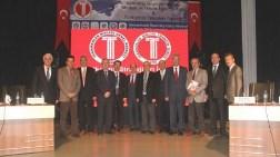 Türkiye'nin Sorunu Çok Okumuşlarla Az Okumuşların Piyasaya Hakim Olması