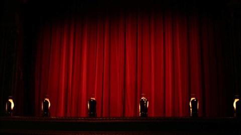 Taksim'de Tiyatroya Yer Yok!