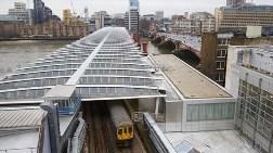 Londra'da Dünyanın En Büyük Güneş Enerjili Köprüsü!