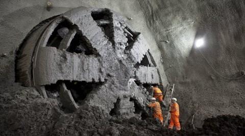 Londra'ya 25 Milyar Dolarlık Metro Projesi!