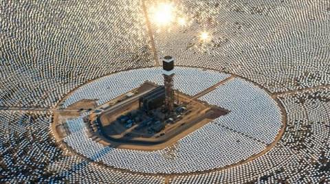 İşte Dünyanın En Büyük Güneş Enerjisi Santrali!