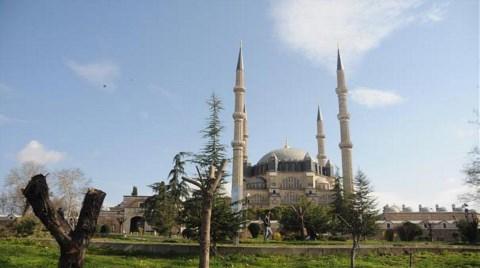 Selimiye Camii Silueti Davalık Etti