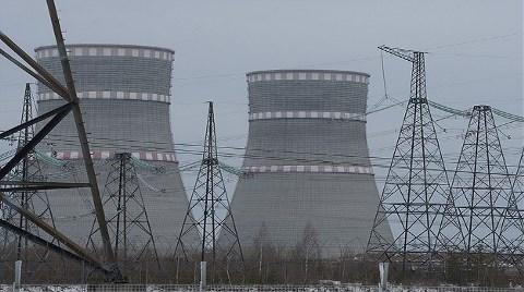 Greenpeace'den Nükleer Santrale Baskın