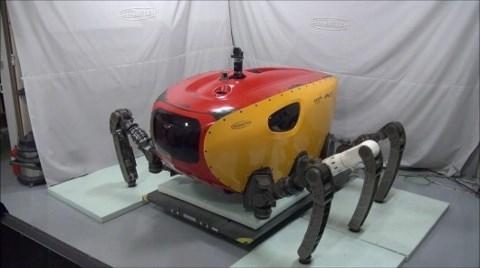 Robot Yengeç, Kablo Onaracak!