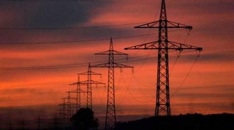 Elektrik Tüketimi Yükseldi, Barajlarda Su Azaldı