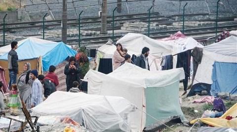 İstanbul'da Yol Kenarında Bir Mülteci Kenti Doğdu!