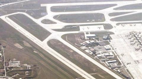 Atatürk Havalimanı'nda Taksi Yolu İnşaatı