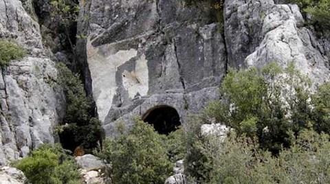 12 Bin Yıllık Mezarı Dinamitle Patlattılar!