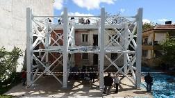 """Boş Binada """"Gerçek Deprem Etki Deneyi"""""""