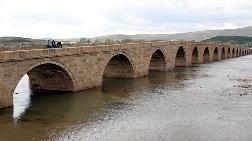 Tarihi Kesik Köprü Restore Ediliyor