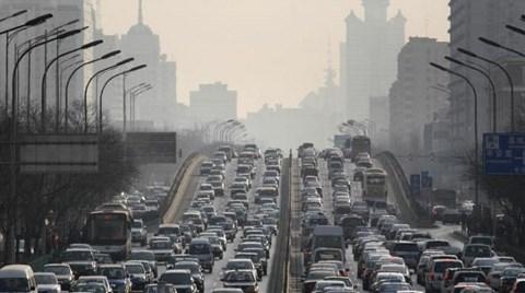 Çin, Pekin'i Taşıyor
