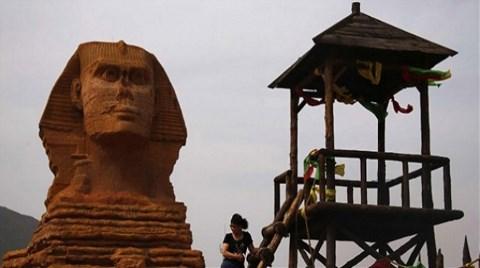 Mısırlılar Köpürdü, Çinliler Yıkıyor