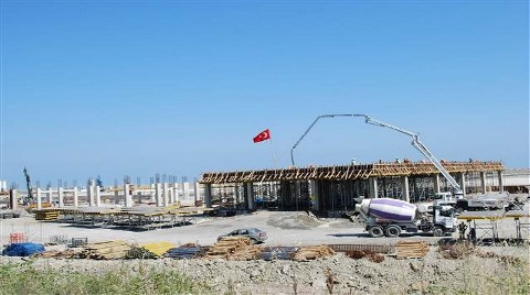 Denize Dolgu Havalimanında Binalar Yükselmeye Başladı
