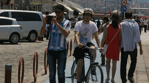 Bisiklet Yolunda Bisikletlilere Yer Yok!