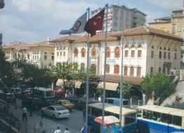 Tarihi Atatürk Ortaokulu Kapanıyor