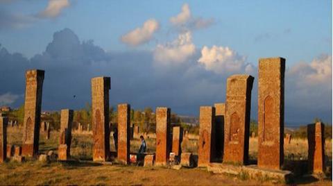 Tarihi Selçuklu Mezarlarına Kimyasal Temizlik