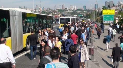 İşe Giriş-Çıkış Saatlerinde Metrobüs Kullananlara Kötü Haber