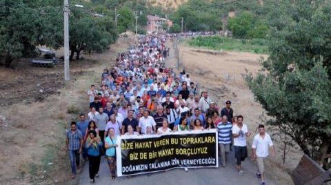 5 Kilometrelik Halayla HES Protestosu