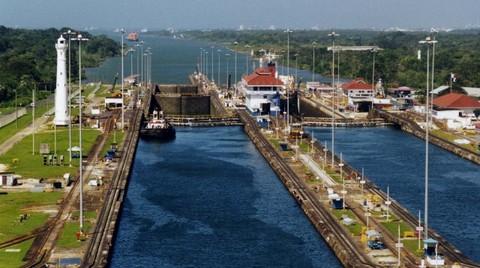 Yeni 'Süveyş Kanalı'nın İlk İhalesi Mısır-Bahreyn Konsorsiyumunun
