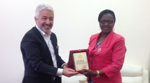 Öztürkler'den Kamerun'da 1 Milyar Dolarlık Konut Projesi