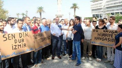 Saat Kulesi Altında El Ele Protesto