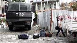 Taksim'e Yürümek İsteyen İşçileri Alıkoydular