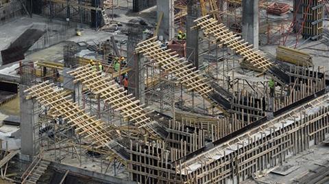 """İnönü Stadı İnşaatında """"Asansör Kazası"""""""
