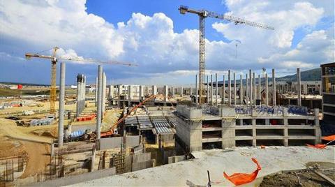 İzmir Yeni Fuar Alanı'nda Çalışmalar Durduruldu