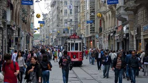 İstiklal Caddesi'nde Dükkan Kiralarının Metrekaresi 335 Dolara Kadar Çıkıyor