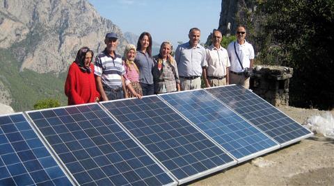 64 Yıllık Karanlıktan Güneş Enerjisi ile Kurtuldu