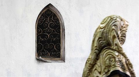 Üsküdar'daki Gizemli Pencere Resimleri