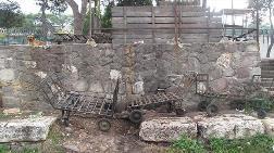 Tarihi Roma Yolunun Hali İçler Acısı!