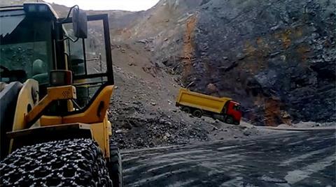 'Burada Kaza Olur' Diye Görüntülediği Madende Can Verdi