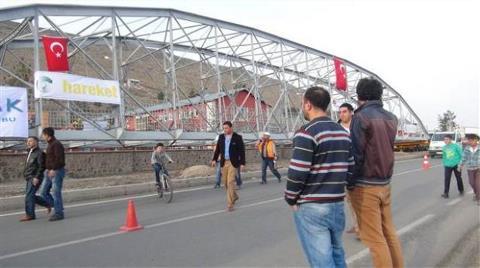 Tarihi Köprünün Nefes Kesen Yolculuğu