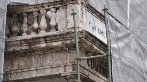 Tarihi Sivas Kongresi Binası Dökülüyor!