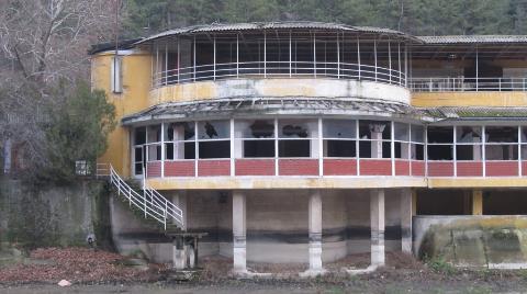 Çubuk Barajı'ndaki Tarihi Yapılar Kaderine Terk Edildi