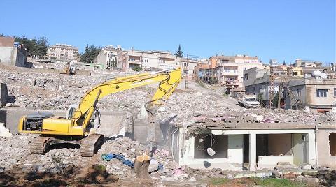 """Antalya ve Kayseri de """"Kentsel Dönüşüm""""e Katıldı"""