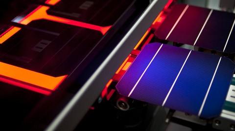 Zorlu Güneş Paneli Üretimi Üzerine Çalışıyor