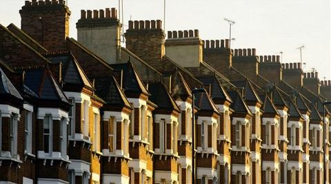 İngiltere'de Konut Sektöründe Fiyat Artışı Hız Kesti