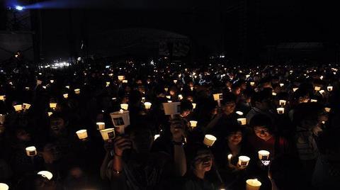 Dünya Saati için Dünya Işıklarını Kapatacak