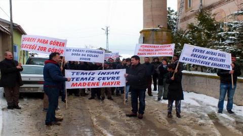 Köylüler Maden Şirketini Yürüyüşle Protesto Etti