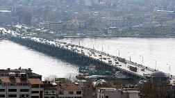 Atatürk Köprüsü'nde Bakım Çalışması