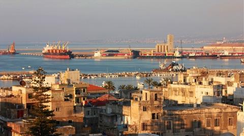 Müteahhitler Libya'da Hükümetlerin Birleşmesini Bekliyor