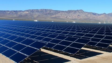 2014'te Kurulan Güneş Enerjisi Santrallerinin Binde 1'i Türkiye'den