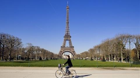 Paris, Bisiklet Başkenti Olma Yolunda İlerliyor