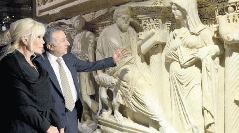 Müzelere İşaret Dili Bilen Rehber Geliyor