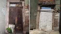 Tarihi Kapılar Çalınıyor, Yeri Duvar Oluyor
