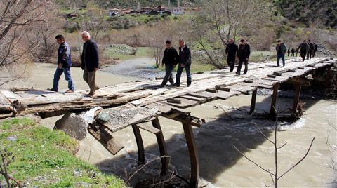 Köprü Yapılmayınca Sandığa Gitmediler