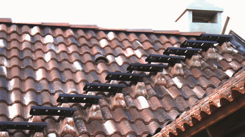 Braas'tan Çatıda Güvenli Yürüyüş Patikası